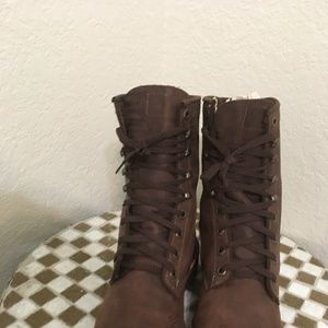 VTG USA BROWN CHIPPEWA LACE UP BOOTS 6.5 D